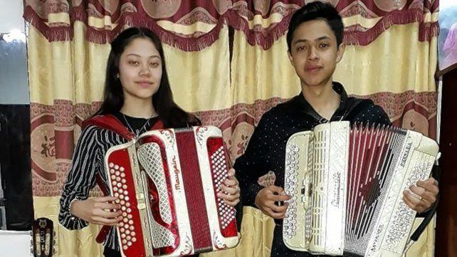 Los Hermanos Garita, Solange y Federico, cultores de la música de su tierra.