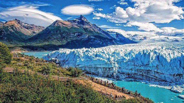 Se pueden elegir diferentes destinos del país. Patagonia Argentina, Cataratas, Sierras, etc.